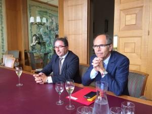 Pascal Férat (à g.) et Jean-Marie Barillère au Comité Champagne, lundi 20 juillet 2015.