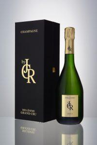2011 est le premier millésime de la maison. Ce champagne haut de gamme a toute sa place à l'export.