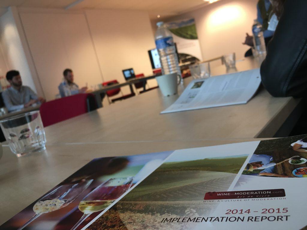 Les étudiants en droit du vin de Reims découvrent les institutions européennes viticoles