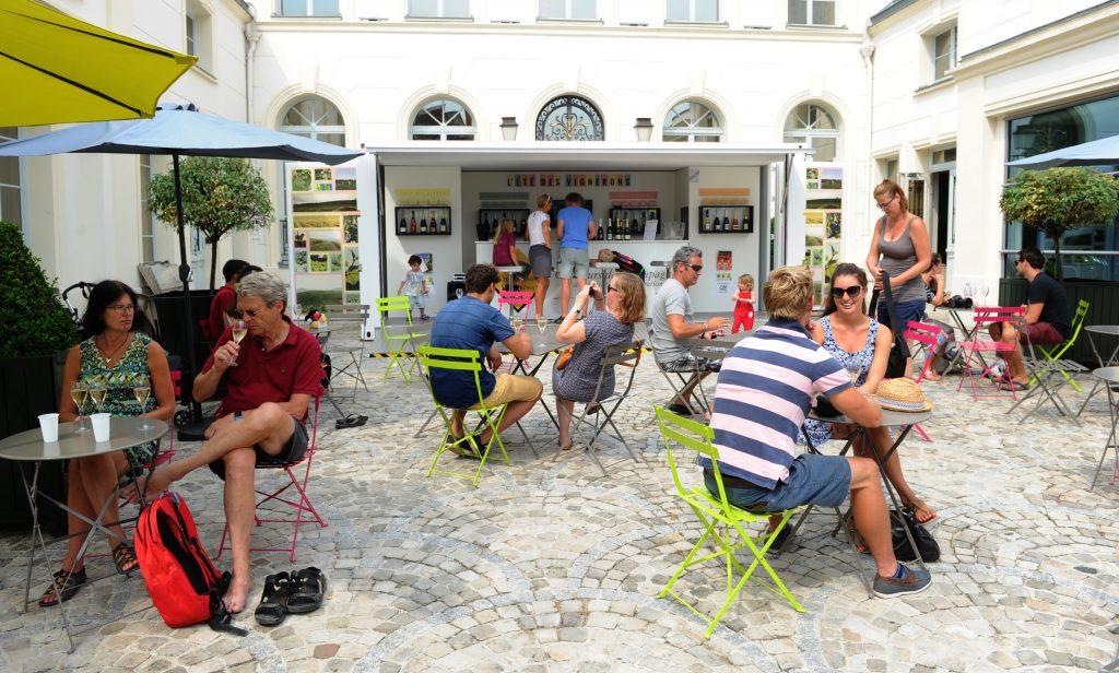 Le bel été des vignerons sur l'avenue de Champagne