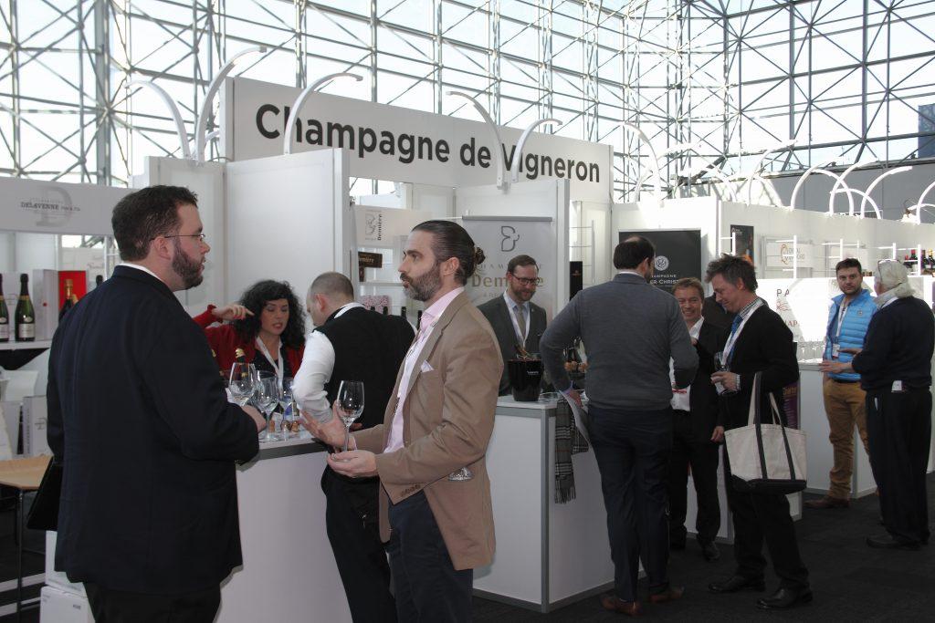 Les vignerons mettent en valeur l'appellation à Vinexpo New York