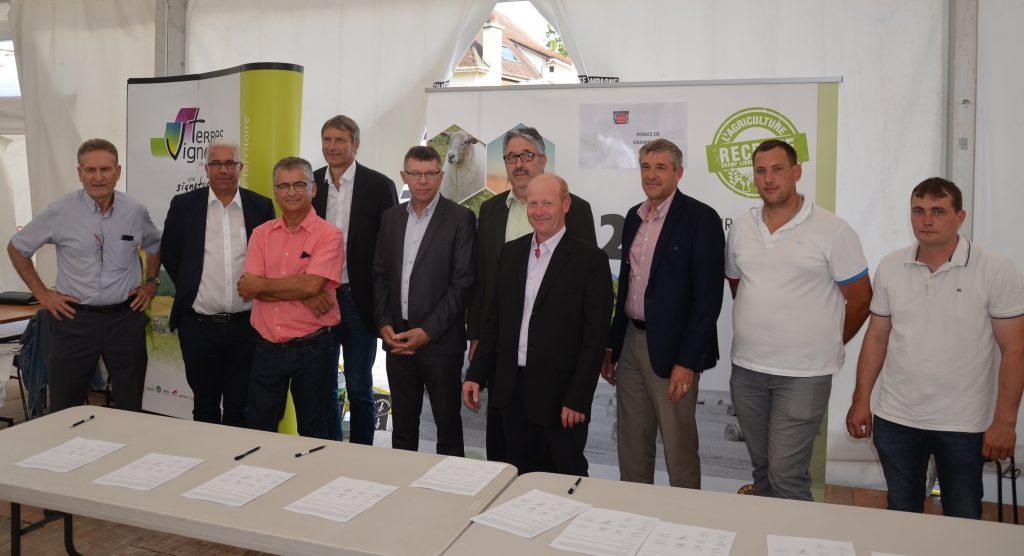 Dix organisations agricoles s'engagent pour un groupement d'employeurs