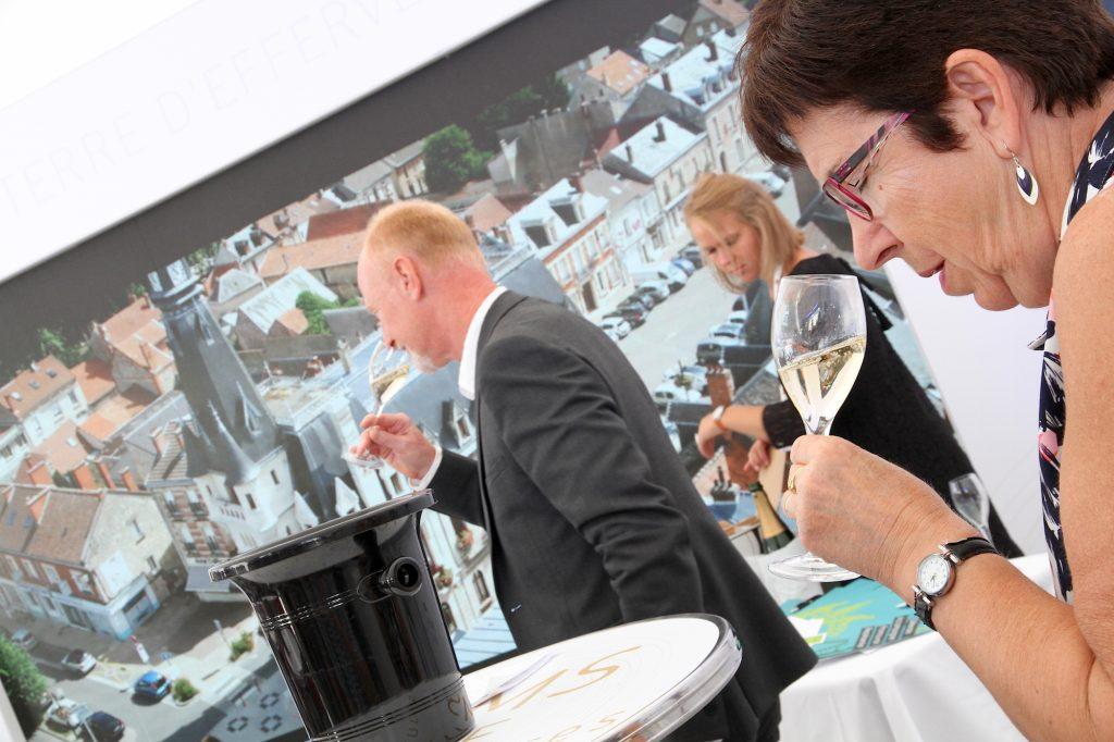 Opération séduction de la bannière collective Champagne de Vignerons