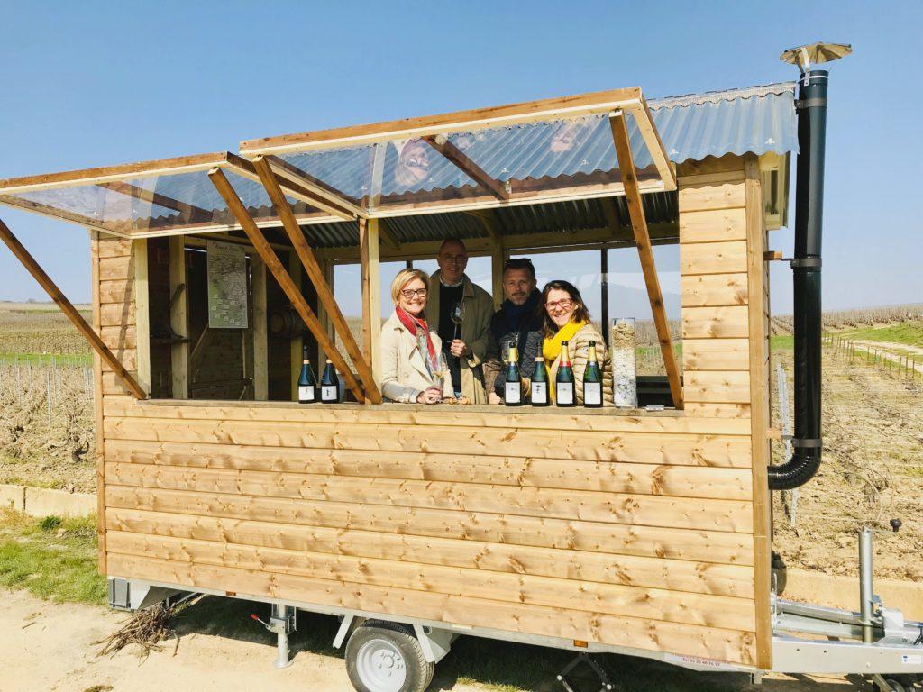 Dégustation originale dans une cabane mobile