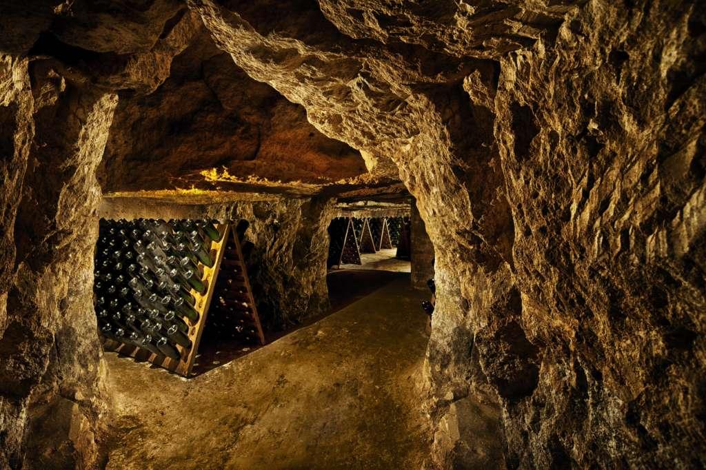 Les espaces boutique et caves ouverts