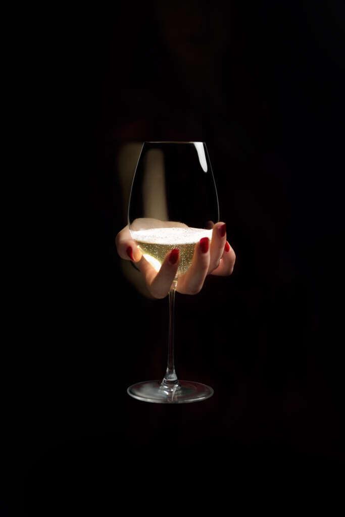 «Le champagne et ses façonneurs» par la photographe Véronique Montané